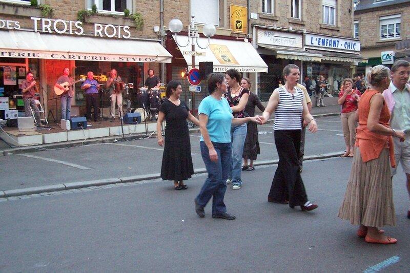 Fête de la musique Avranches place Saint-Aubert les Pieds au Plancher 2008