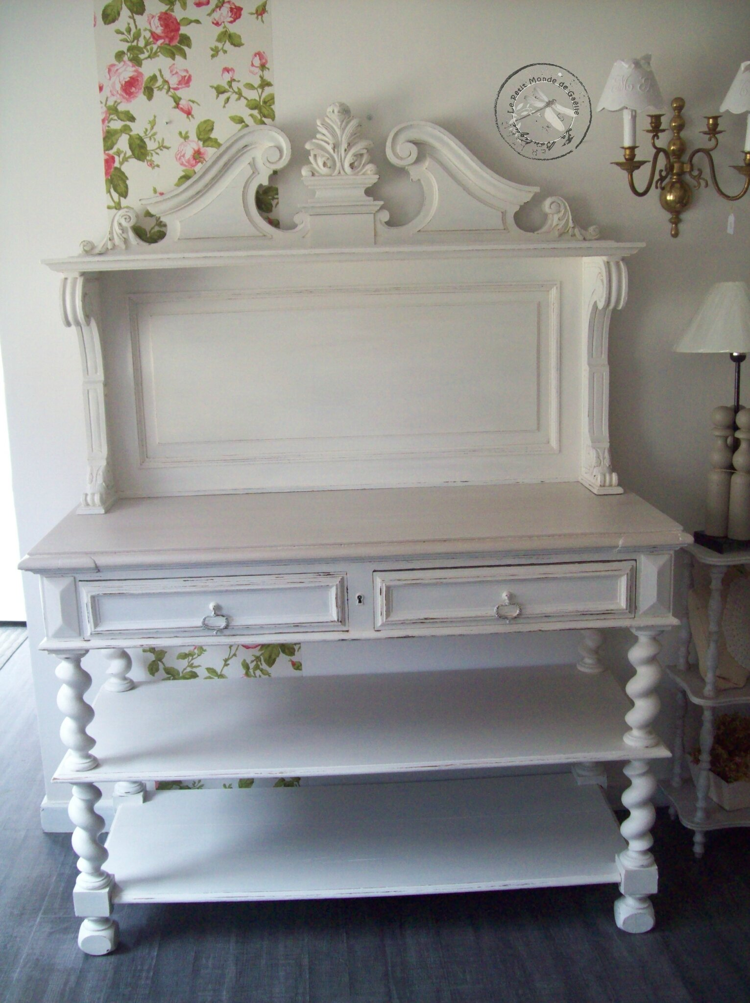 buffet console saint hubert patine shabby la boutique de ga lle. Black Bedroom Furniture Sets. Home Design Ideas