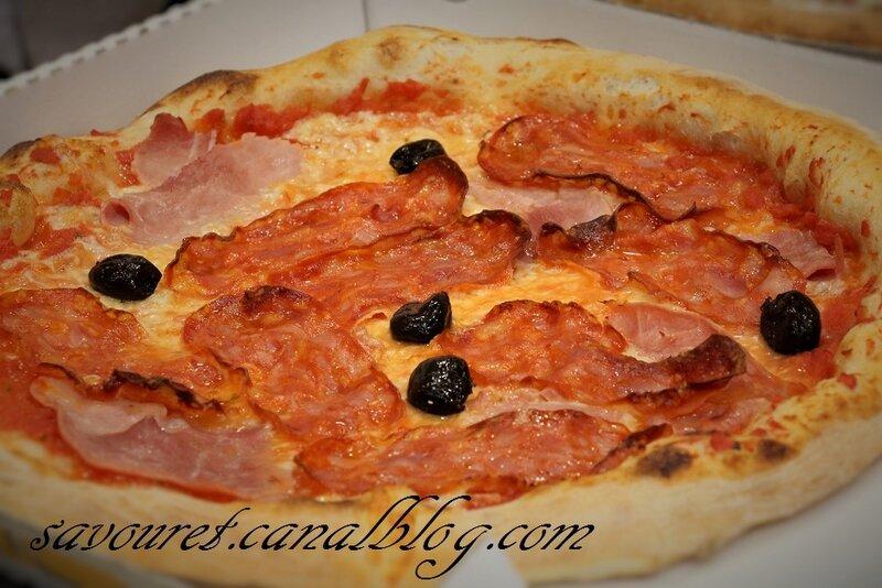 Pizzas__boite_9__