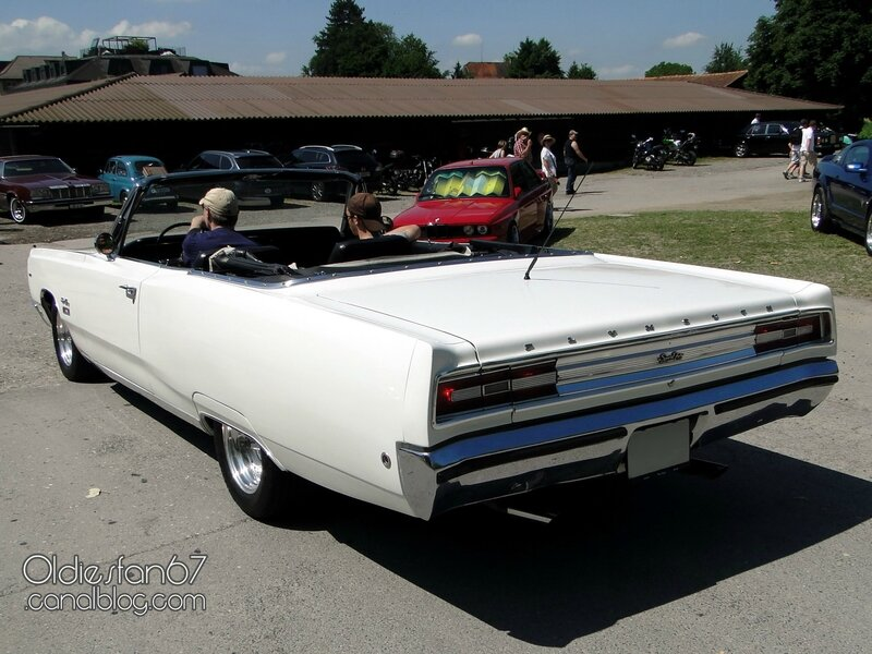 plymouth-sport-fury-convertible-1968-02