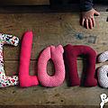 ilona 2 mot en tissu,mot decoratif,cadeau de naissance,decoration chambre d'enfant,cadeau personnalise,cadeau original,poc a poc blog