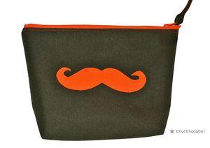 Trousse moustache orange (3bis)