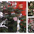 Sapin décoré de flocons - Scraparella