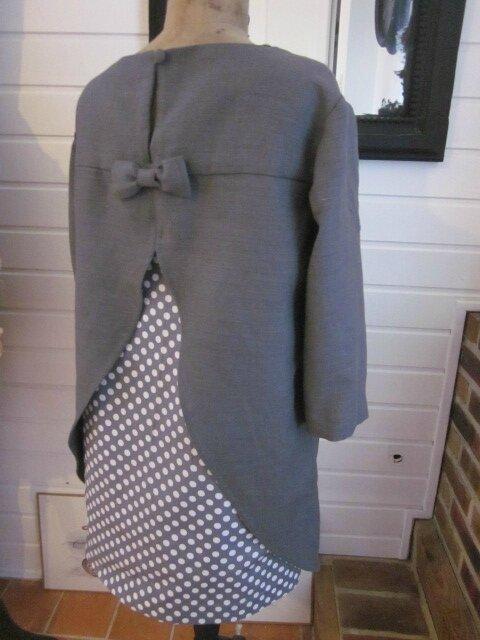 Tunique LEONTINE en lin gris et coton gris à pois blanc (9)