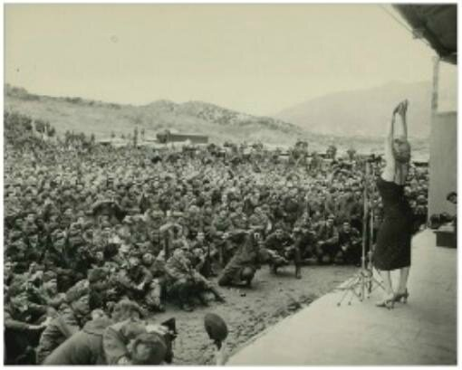 1954-02-18-korea-45th_division-sing-010-2a2
