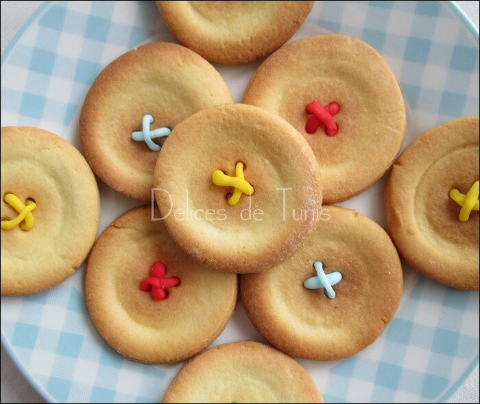 Biscuits boutons 4