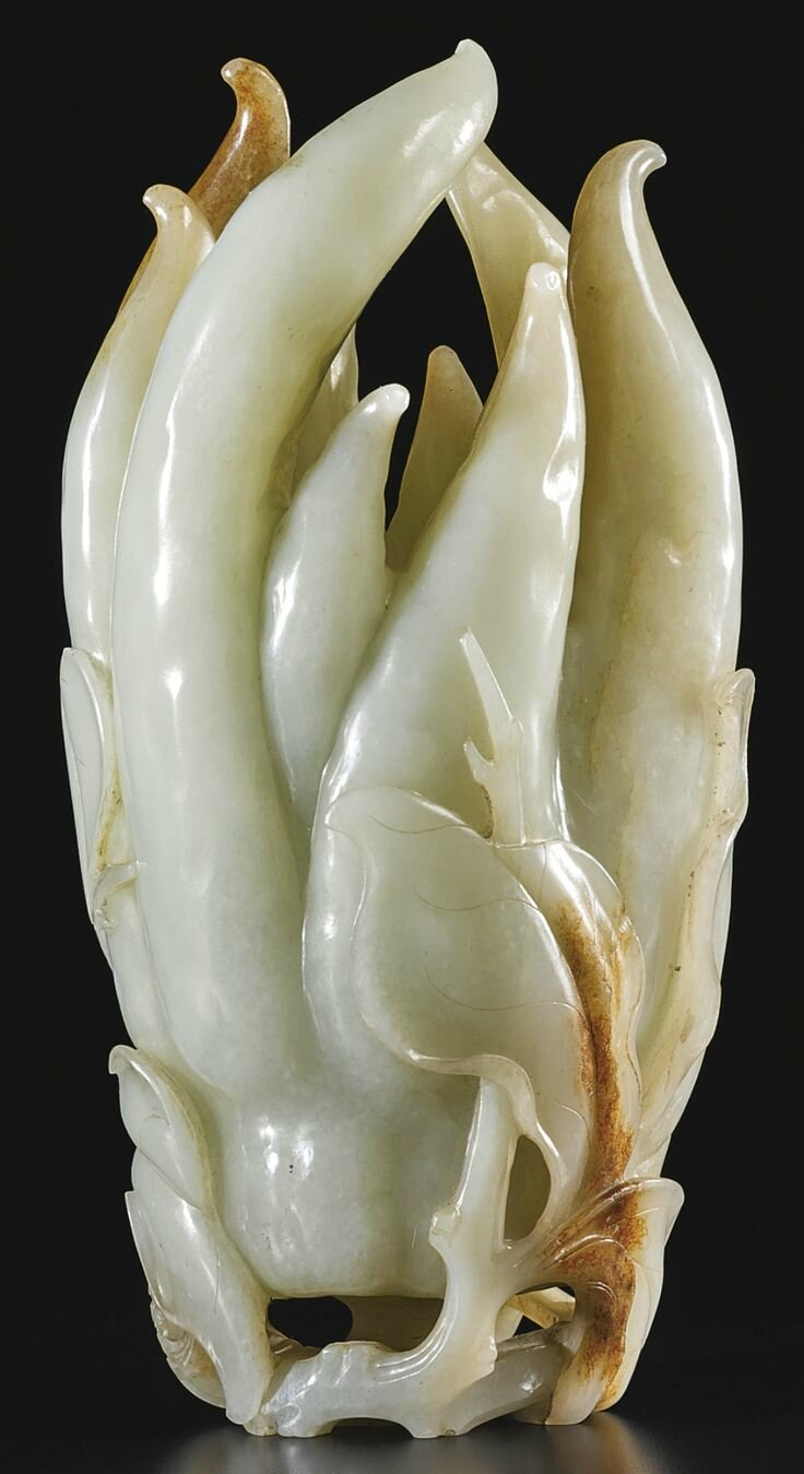 A large celadon jade carving citron, Qing dynasty, 18th century