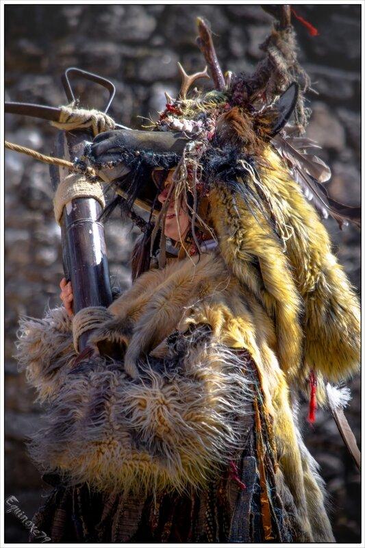 puy du fou La chasse au leurre nouveau costume du bal des oiseaux (26)