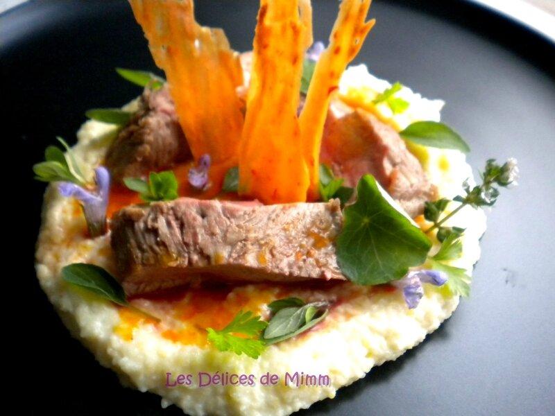 Steak de canard à la gelée de piment, polenta crémeuse au parmesan et tuiles au piment 5