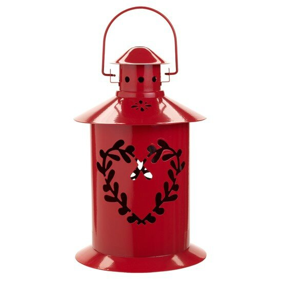 scandi-style-christmas-red-lantern-housetohome