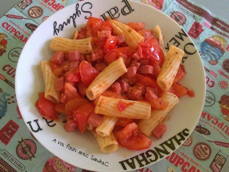 Pâtes jambon tomate 01