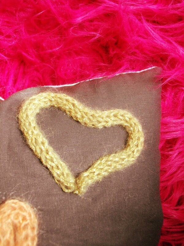 coeur-tricotin-coussin