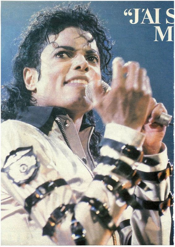salut bad tour 1