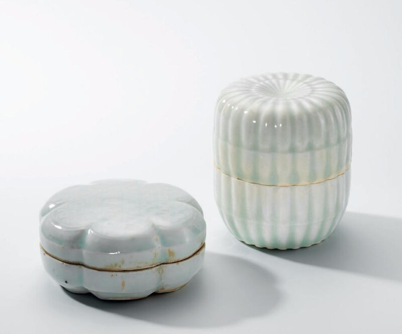 A Qingbai moulded chrysanthemum-shaped box and cover and a Qingbai hexafoil box and cover, Song dynasty (960-1279)