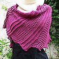 Crochet: chale asymétrique lisard