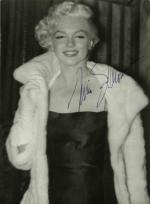 1955-02-26-ny-autograph_for_frieda_hull-246175_0