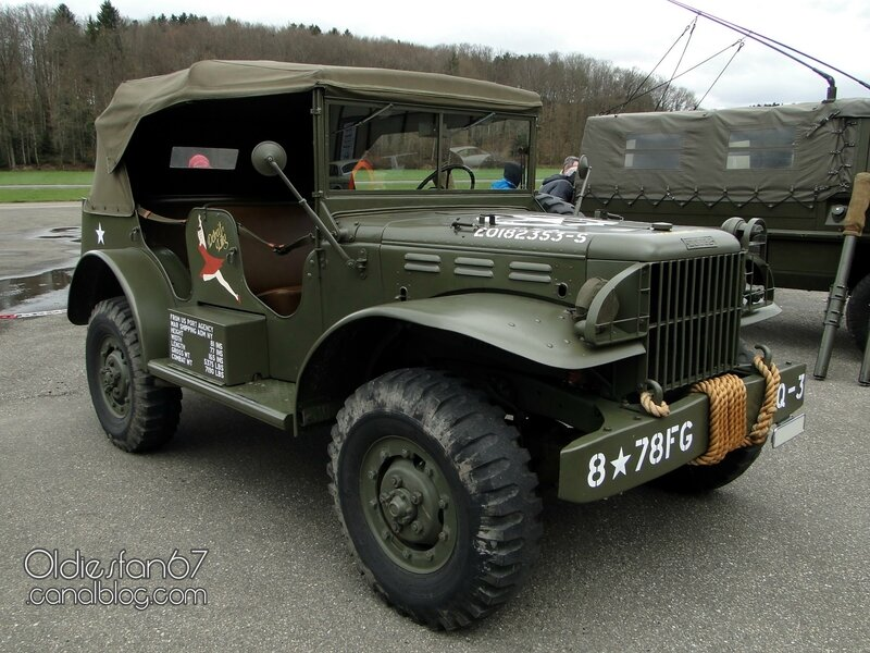 dodge-wc56-command-car-1942-01