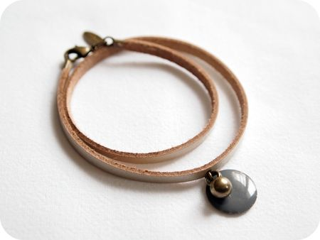 bracelet_nacre_gris