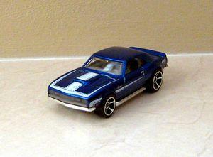 Chevrolet camaro copo coupé de 1968 de chez Hotwheels (2010) 01