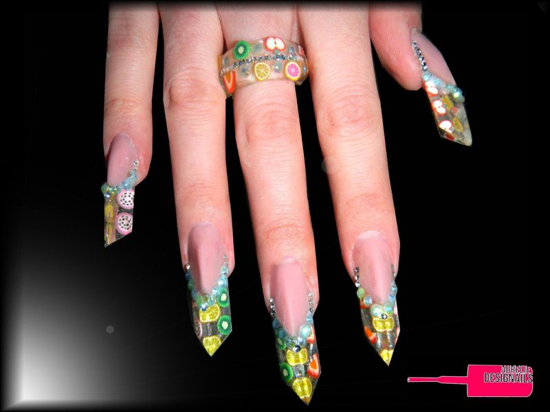 Pose d 39 ongles r sine forme edge aureliedesignails - Forme d ongle ...