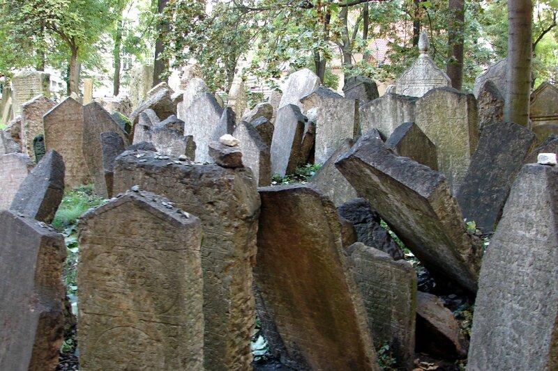 Prague cimetière juif 13