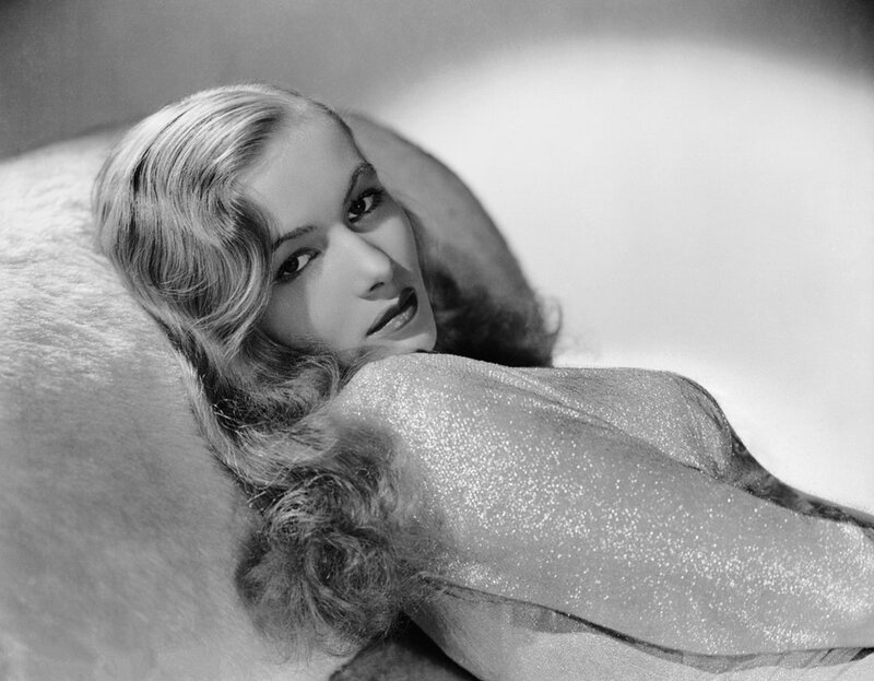 veronica_lake-by_eugene_robert_richee-1