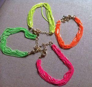 bracelets-fluo-2
