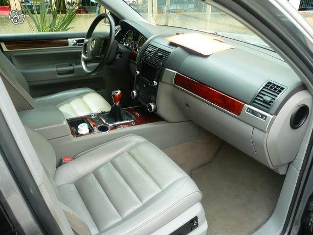 volkswagen touareg 19900 118000kms 2003 auto 2000 atelier de reparation vente de. Black Bedroom Furniture Sets. Home Design Ideas