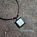 Pendentif transfert noir-bleu-rose - 18$