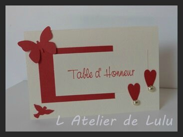 marque place mariage papillon coeurs et colombe l 39 atelier de lulu. Black Bedroom Furniture Sets. Home Design Ideas