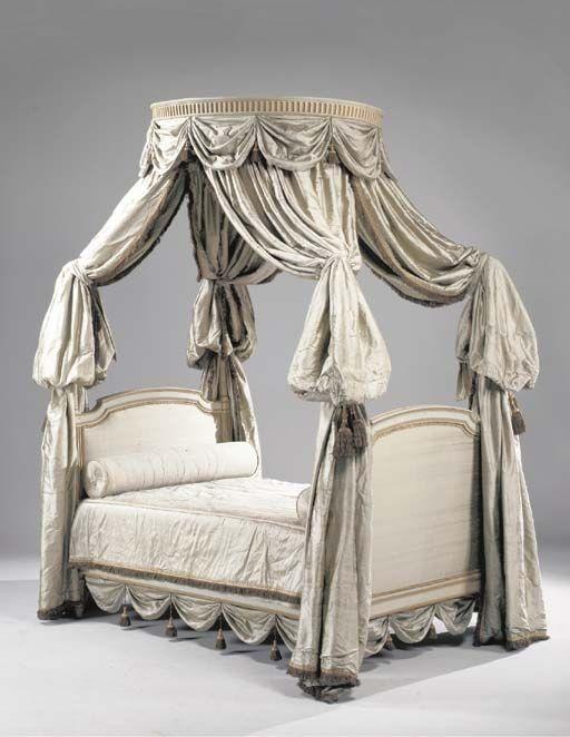 glossaire des arts d coratifs les lits regard d 39 antiquaire. Black Bedroom Furniture Sets. Home Design Ideas