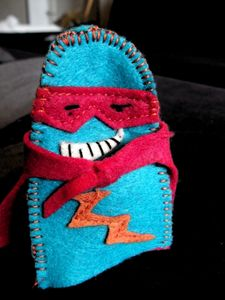 20111219_marionnette_doigt_super_hero