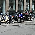 Parking motos avec parcmètre !