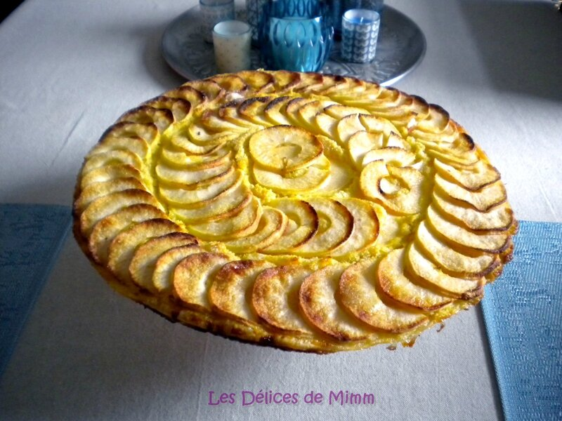 tarte fine aux pommes cr me d amandes et amaretto les d lices de mimm. Black Bedroom Furniture Sets. Home Design Ideas