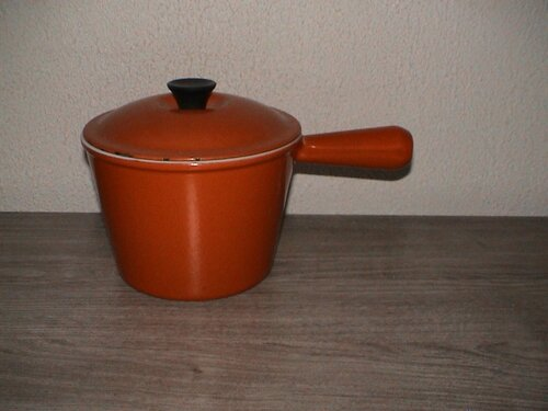 caquelon poellon fondue le creuset orange pop vintage ma brocante vintage. Black Bedroom Furniture Sets. Home Design Ideas