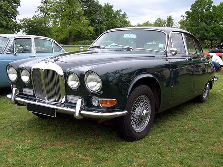 DAIMLER Sovereign Exposition de voitures anciennes du Vesinet en 2009 1