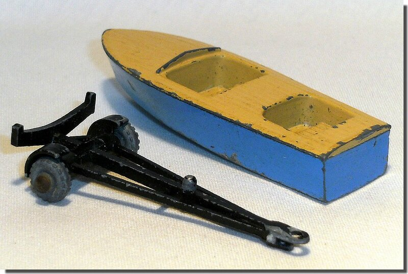 48 A Lesney Matchbox Meteor Boat and Trailer A 3