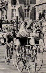 51g) éric léman devant Basso et Dancelli
