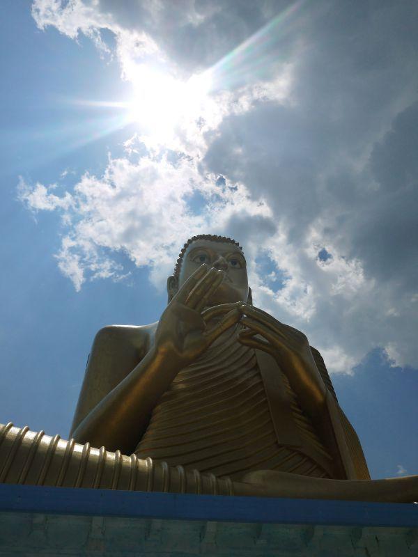 Sri Lanka dambulla bouddha doré copie