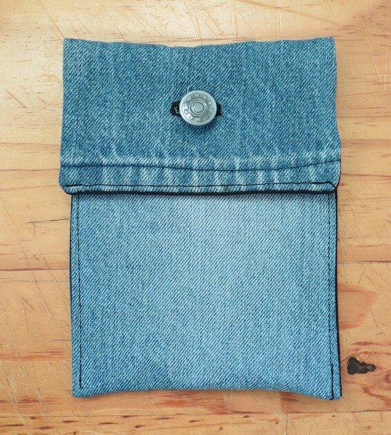 recyclage que peut on faire avec un vieux jean partie 3. Black Bedroom Furniture Sets. Home Design Ideas