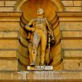 Statuaire de la façade du musée du Louvre ; Murat.