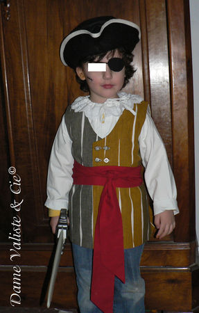 Costume_Pirate_08