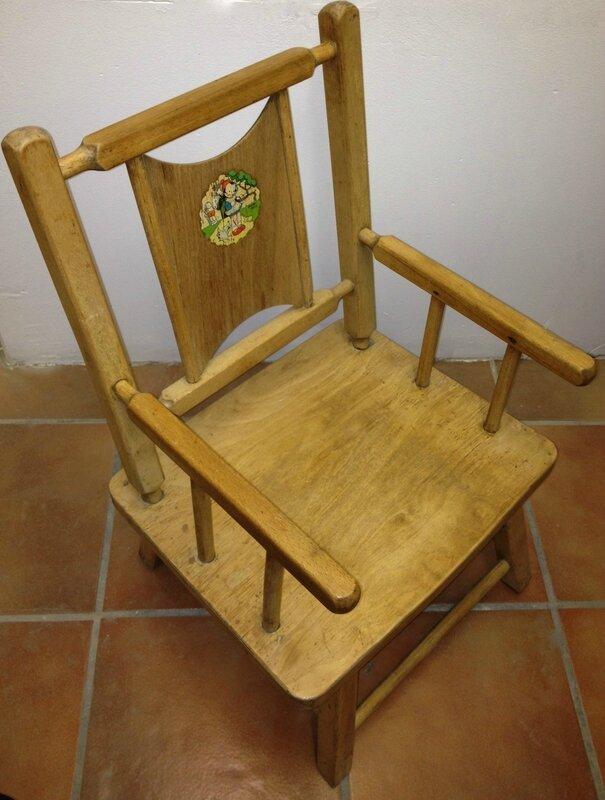 Petit Fauteuil Enfant S La Petite Factory De Julie - Petit fauteuil en bois