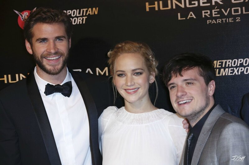 Hunger Games Mockingjay Part 2 Paris Premiere 01