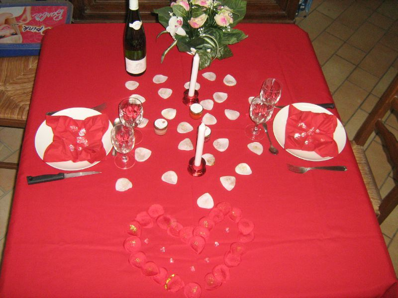 Saint valentin repas en amoureux tables et d co d 39 estelle - Repas d anniversaire en amoureux ...