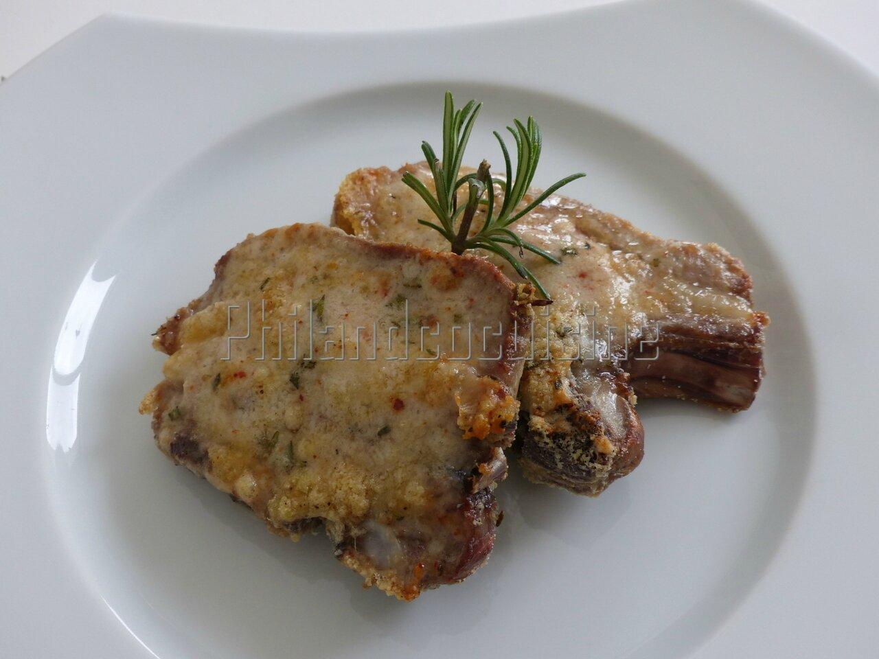 Côtes d'agneau au parmesan