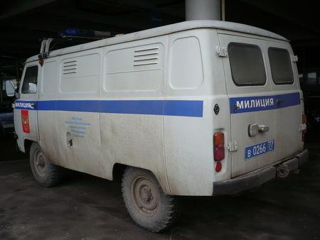 UAZ_452_Milice_Moscou__2_