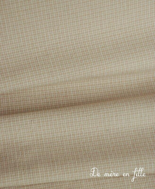 48 petits carreaux beige clair