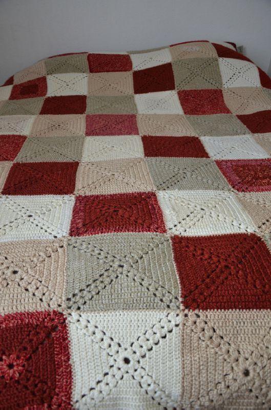 couverture au crochet en laine pat 39 issus fils. Black Bedroom Furniture Sets. Home Design Ideas