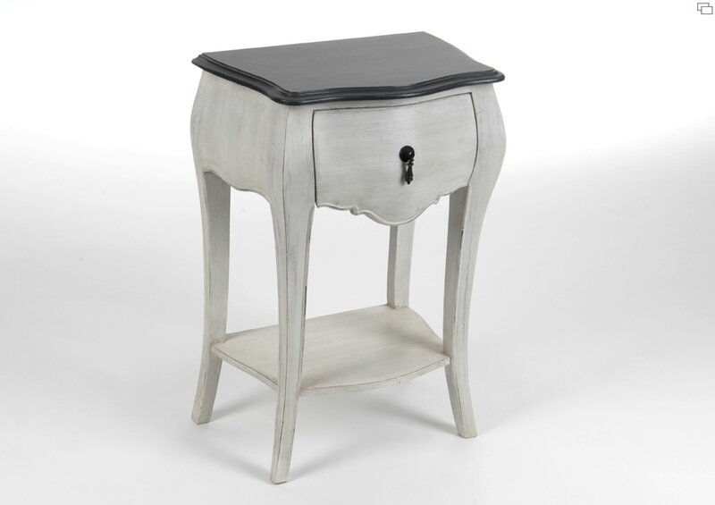 Table de chevet romantique meuble amadeus for Table romantique